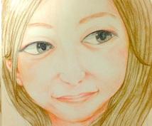 色鉛筆や鉛筆を使って似顔絵を描きます 自由に使っていただいて構いません!プレゼントにもどうぞ!