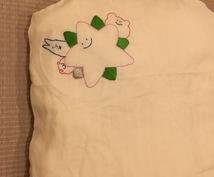 パパママにおすすめ!お子さんが描いた絵を刺繍します 額に入れてお部屋に飾る等保管に困るけど残したい作品を刺繍に!