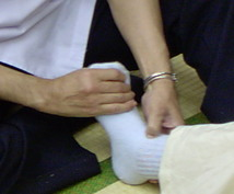 EDを秘密になおしたい方のための方法を教えます 。現役の手技療法家の、今までなかった安心安全な方法です。