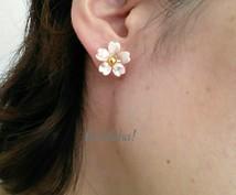 桜の花のシンプルなピアスになります 春限定販売 桜一輪ピアス/イヤリング