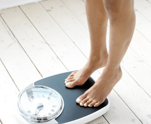 すぐ減る体重は水分!効率よく脂肪を燃やします 空腹時間が長いほど脂肪が燃えやすくなります!