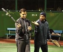 テニスを上達したい方へ、英語かフランス語でワンポイントアドバイスを差し上げます